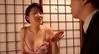 Người mẹ dâm đãng full http://bit.ly/2uP9STk
